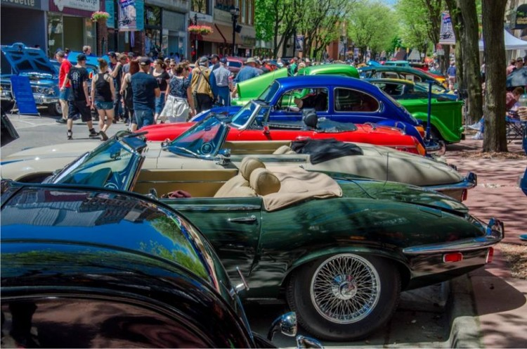A view of RetroFest™ 2015 by Dave Langford.
