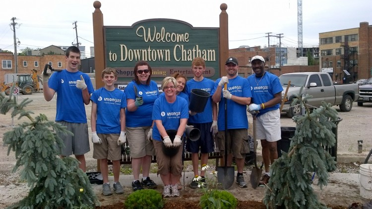 About the Downtown Chatham BIA
